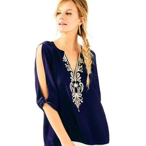 Lilly Pulitzer Bryce top silk navy/gold. M